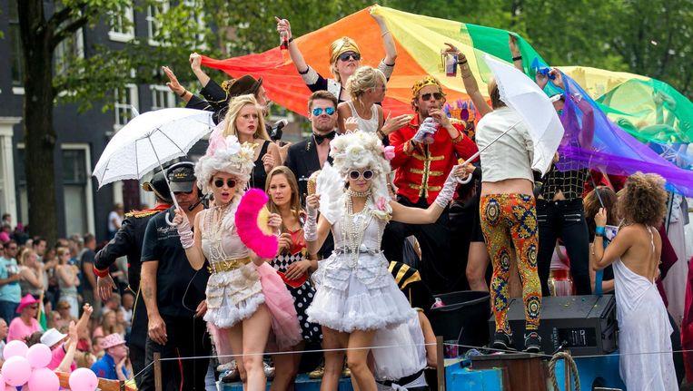De Canal Parade tijdens de Gay Pride. Beeld anp