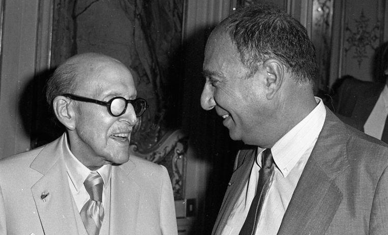Marcel Dassault (L) en zijn zoon Serge in 1985. Beeld REUTERS