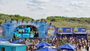 """Burgemeester van De Haan overweegt populair festival Beachland te verbieden: """"Strand lag erbij als een puinhoop"""". In Blankenberge snappen ze de heisa niet"""