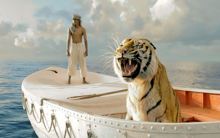 Suraj Sharma en de computertijger in Life of Pi van Ang Lee Beeld null