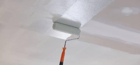 Zo schilder je het plafond zonder spetters