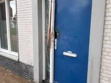 Zware explosie bij woning in Dijkmanshuizenstraat in Noord