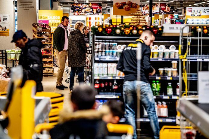 Jumbo-supermarkten hebben al ervaring met 'kletskassa's' opgedaan. Het filiaal aan het Fabriekspad in Oisterwijk krijgt nu een 'kletstafel'.