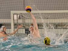 Waterpoloërs DZK wacht zware dobber in kwartfinale bekertoernooi