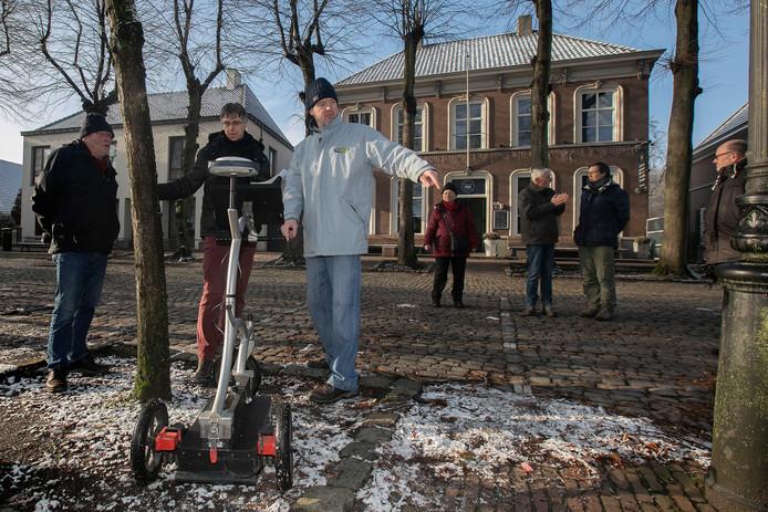 Heemkundigen maakten begin dit jaar een archeologische grondscan op de Markt in Eersel.