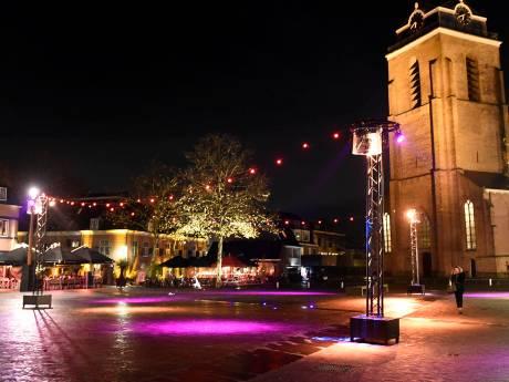 Nog één week geduld voor oude kerstverlichting in Woerden