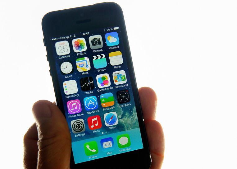 Ook Apple, tot nu toe onwillig om aan dergelijke voorstellen mee te werken, komt straks niet onder de nieuwe afspraken uit. Beeld afp