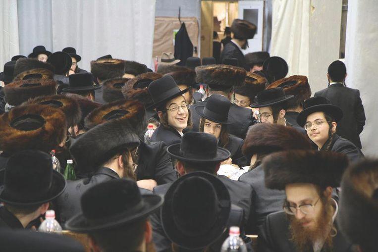 Voor prangende vragen over het Jodendom kun je tijdens de Museumnacht terecht bij de Portugese Synagoge en in het Joods Historisch Museum. Beeld Dan Zollmann