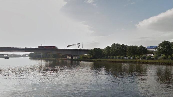 De Zeeburgerbrug