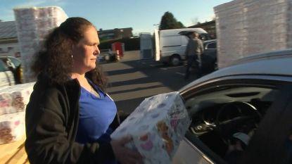 """""""Ze noemen mij al wc-papierkoningin"""": in deze drive-in koop je toiletpapier vanuit auto"""