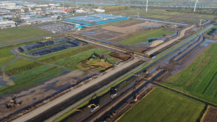 Op bedrijventerrein Haven Acht in Waalwijk is de afgelopen maanden hard gewerkt om het perceel klaar te maken voor de komst van nieuwe bedrijven. Inmiddels is alle grond op West vergeven.
