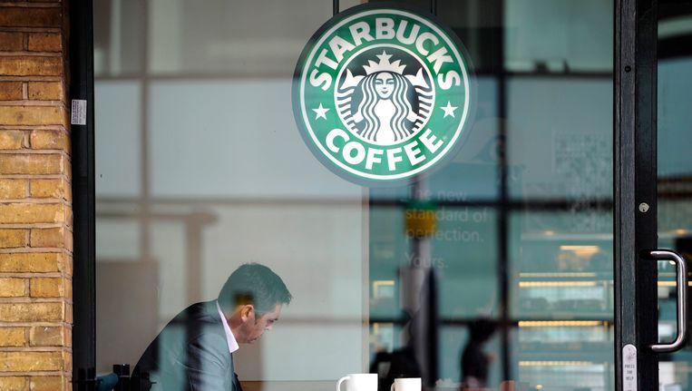Een filiaal van de koffieketen Starbucks Beeld EPA