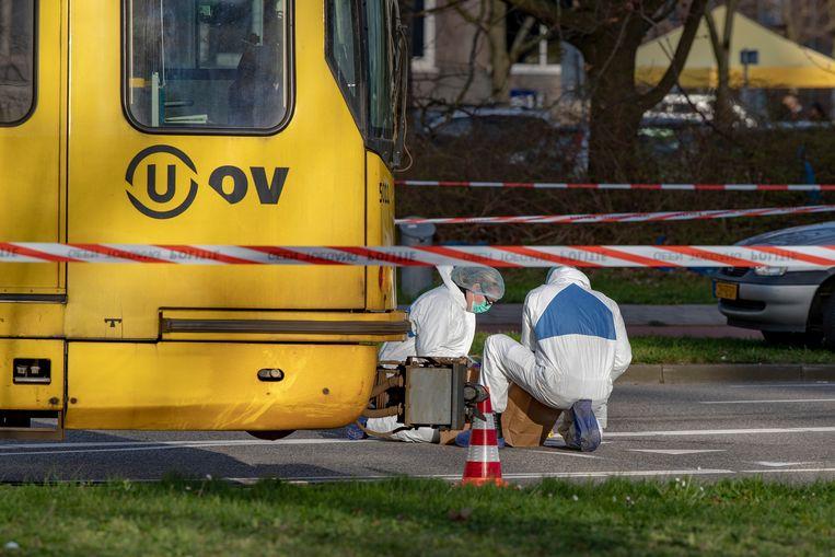 Onderzoek bij de tram.