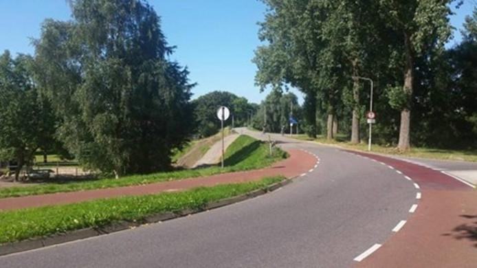 De locatie waar de fietser is mishandeld.
