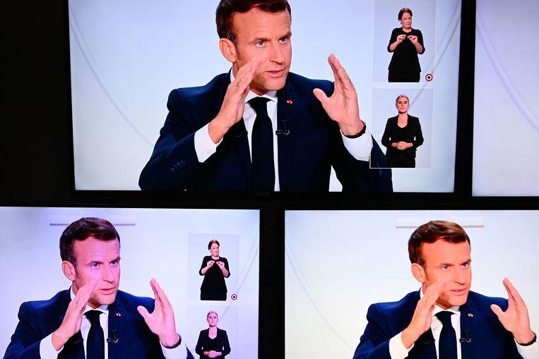 Volgens president Macron moet de avondklok de verspreiding van het virus terugdringen zonder de economie onnodig hard te raken. Beeld AFP