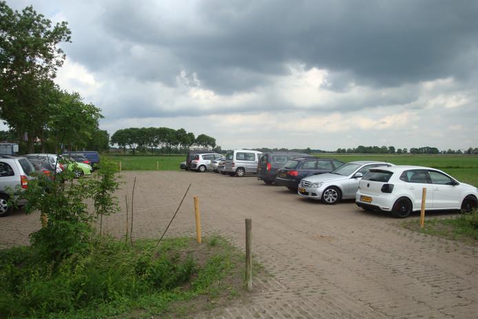 parkeerterrein in weiland stoort polderliefhebbers in soest