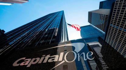 Hacker steelt data 106 miljoen bankklanten