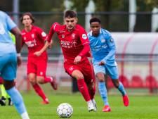 Deze reserve van FC Twente blonk woensdagavond uit als international
