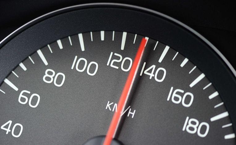 De teller wees meer dan 200 km/u aan.