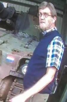 Justitie gaat Alberto Stegeman vervolgen voor plaatsen nepbom op Legerplaats Oldebroek