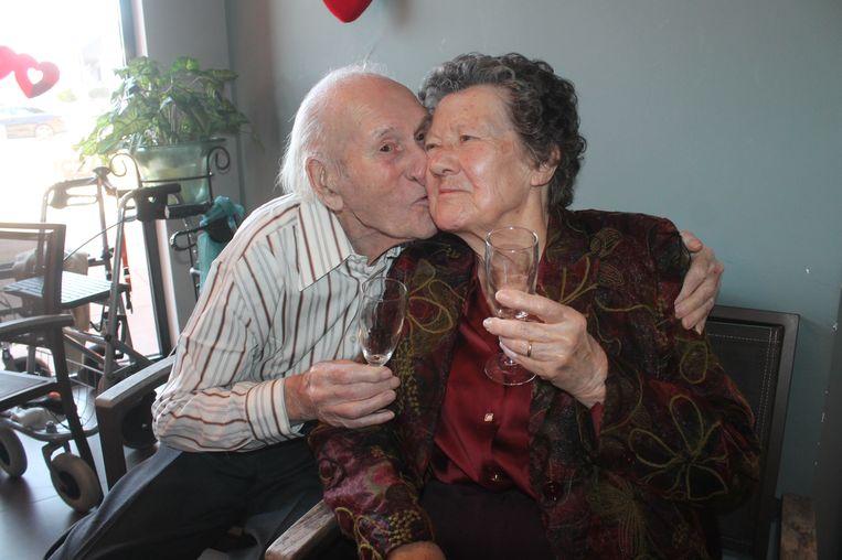 Jules en Anna: na 75 jaar brandt de liefde nog altijd.