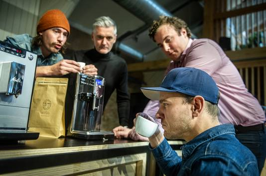 Zelfs de horeca kan niet altijd tippen aan de Nivona CafeRomatica, vindt het panel.
