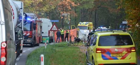 Fietsster (85) uit Ruurlo overleden bij aanrijding met bestelbusje in Vorden