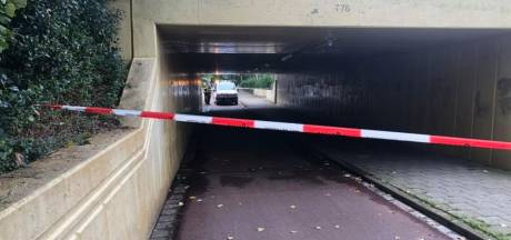 Fietstunnel Maarssen afgesloten na vondst zwaar illegaal vuurwerk