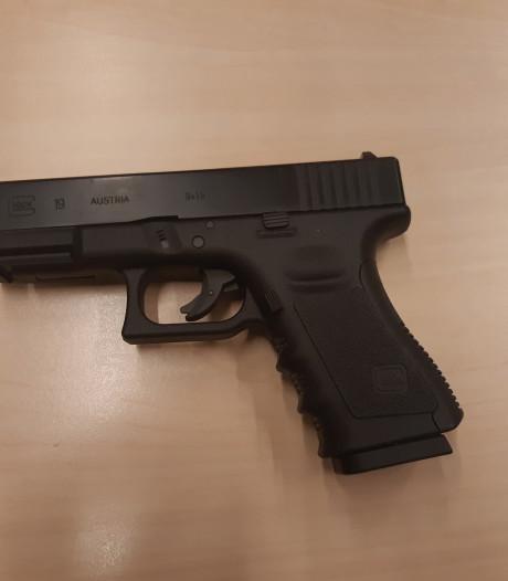 Minderjarige betrapt met nepwapen in Doorwerth