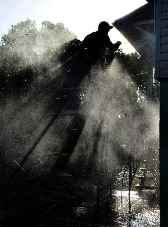 In het noorden van het land beginnen Australiërs met het opruimen van de smurrie