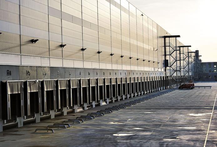 Nieuwe distributiecentrum van Primark in Roosendaal Foto Peter van Trijen