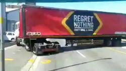Truckchauffeur verliest volledige lading bier
