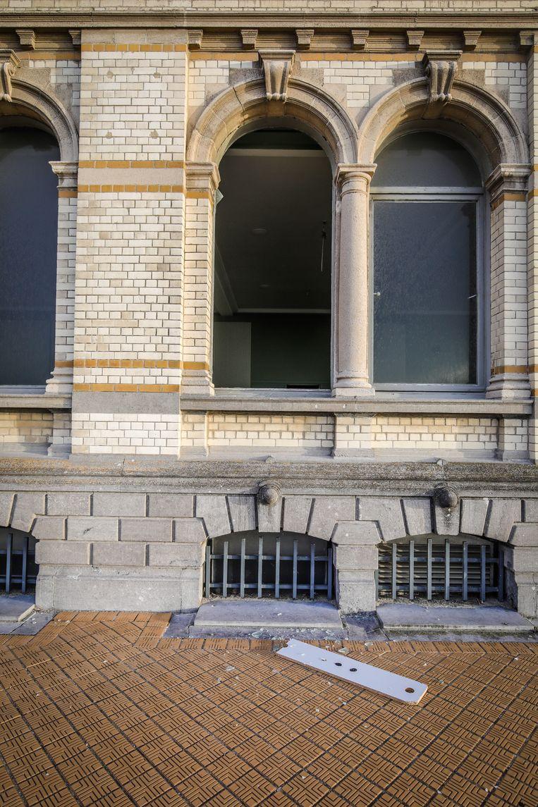 Oostende oud vives gebouw gevandaliseerd