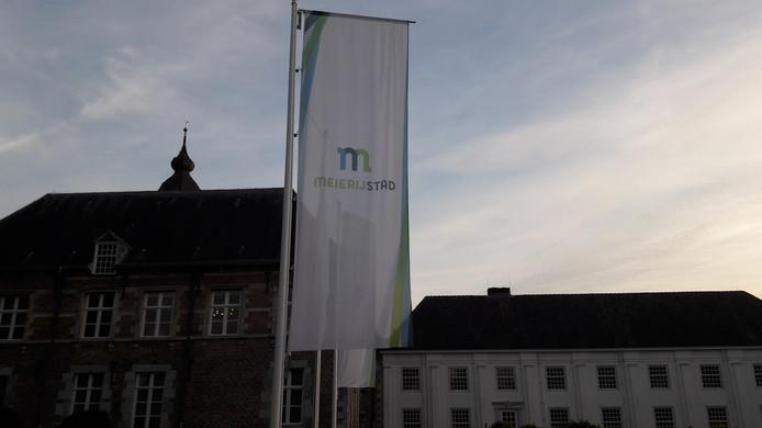 De politiek van Meierijstad vergaderde donderdagavond in het bestuurscentrum in Sint-Oedenrode over de aanbevelingen van de Rekenkamercommissie over maatschappelijk vastgoed.