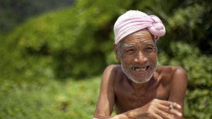 'Naakte kluizenaar' (82) wou als laatste wens sterven op 'zijn' verlaten eiland, maar moet dat na 30 jaar verlaten