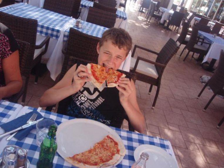 Jarno Ivens (18) overleed in december 2017 aan een agressieve hersentumor.