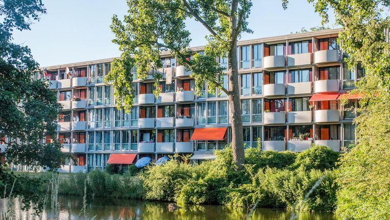 Sierlijke balkons, groen en de aviobruggen typeren de complexen van Van Gool in Noord Beeld Jesper Boot
