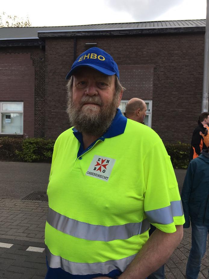 Cees is geheel vrijwillig helemaal uit Ossendrecht gekomen.
