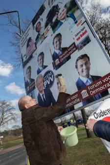 'Plakrel' in Waalre frustreert: Forum voor Democratie plakt posters over andere posters