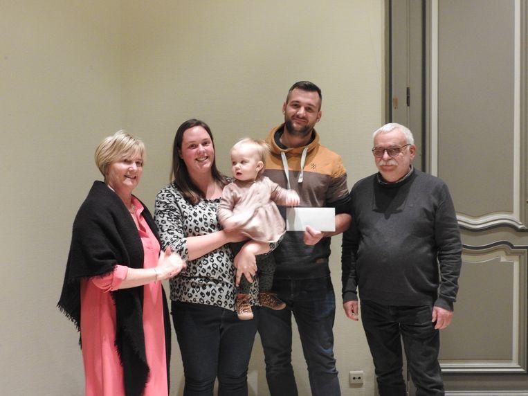 Schepen Lili Stevens,  Erna's dochter  Floor Vekemans , Wim Torfs en Marc Thys van middenstand Duffel-Oost.