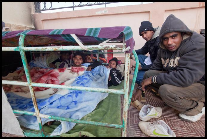 Vluchtelingen in Egypte verkopen hun nier om de overtocht per boot naar Europa te financieren, meldt televisieprogramma Zembla op basis van eigen onderzoek.