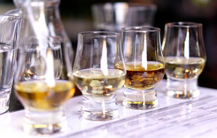 Het smaakpanel boog zich over whisky.
