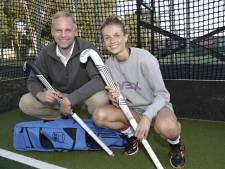 Oud-Beijerlands hockeystickmerk 'Vex' op tv te zien in handen van tophockeyster