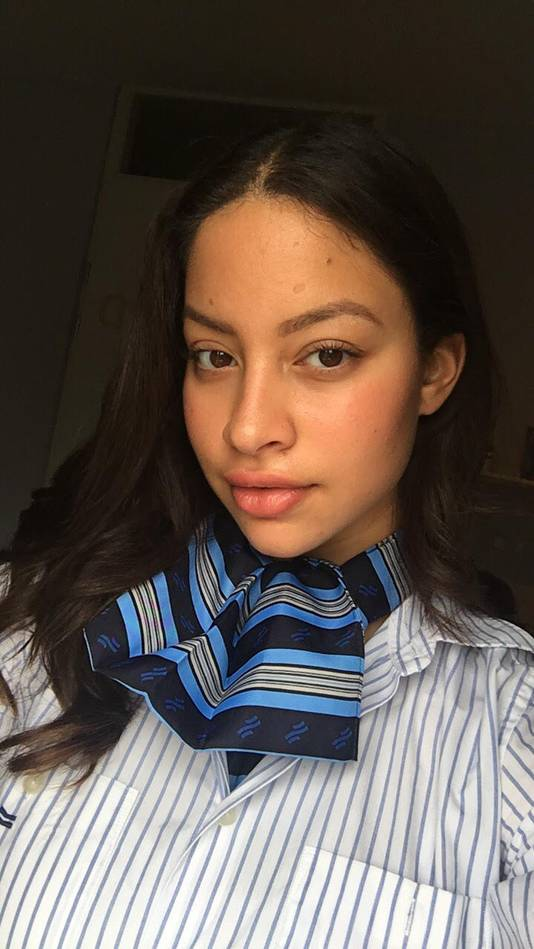 Laressa Dalloesing (21) is student en tramconducteur