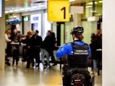 Exclusief horloge van 150.000 euro in 'opvallend nektasje' onderschept op Schiphol