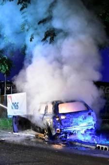 Drie auto's in Utrecht gaan in vlammen op