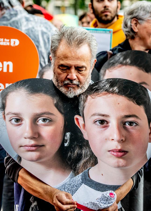 Leden van Defence for Children voerden vorige week in Den Haag nog actie voor Howick en Lili.