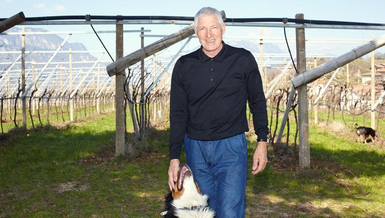 Francesco Moser op zijn wijnboederij. De druiven brengen geluk, zegt hij Beeld Daniel Cohen