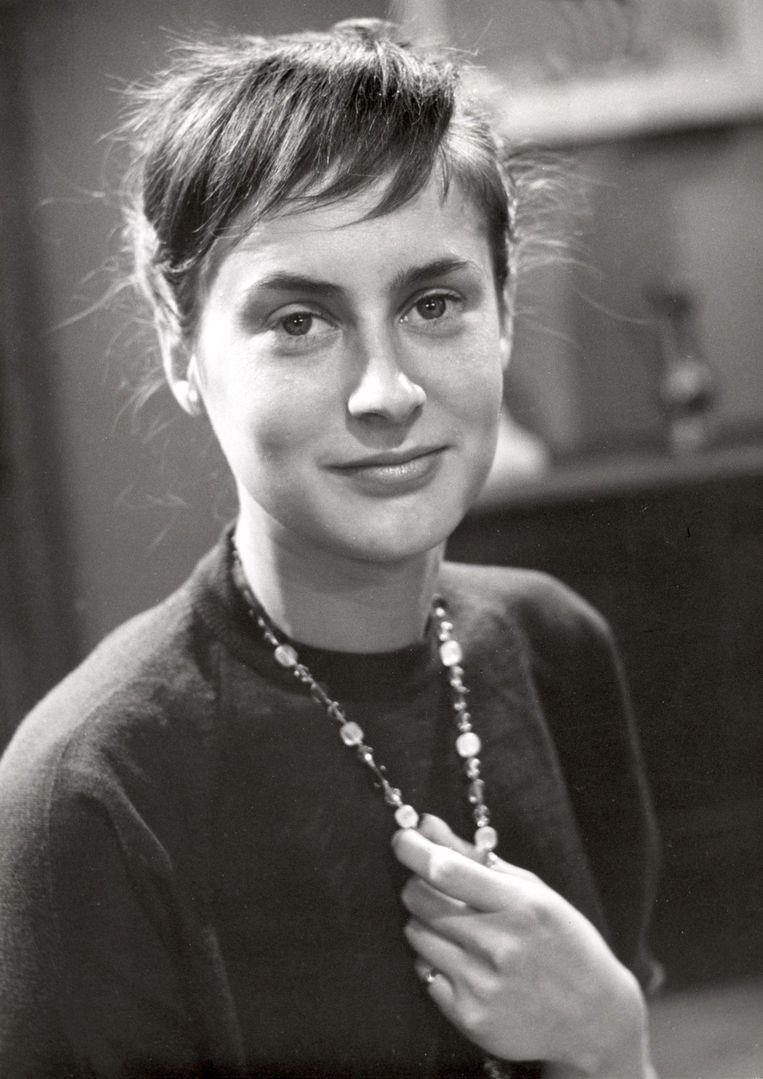 Martine Crefcoeur vervulde in 1956 de titelrol in de eerste Nederlandse toneelversie van Het dagboek van Anne Frank. Beeld HH