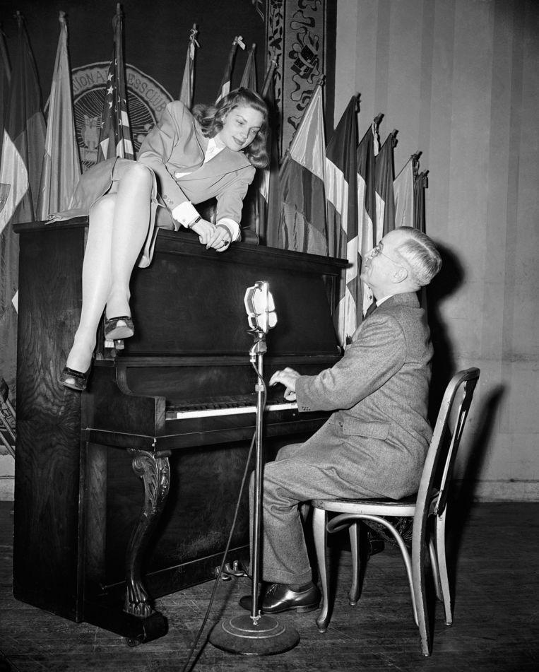 1945, met vicepresident Harry S. Truman Beeld ap